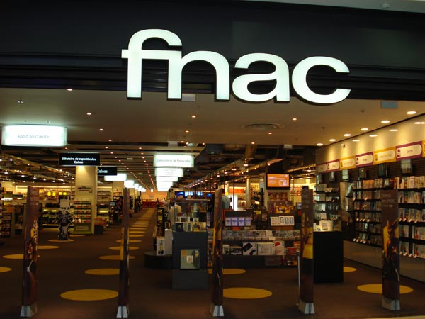 forum fnac Friday 24th february at 5h30 pm Patrick Burgan